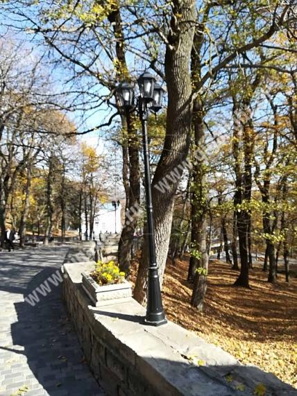 Садово-парковые светильники 1303, 1304 3