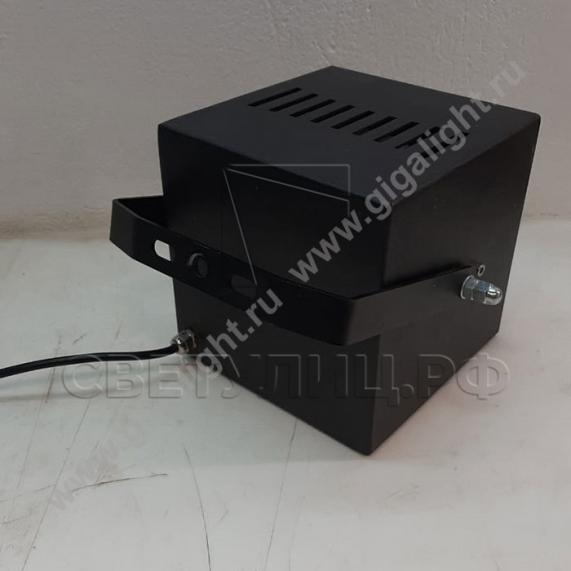 Светодиодные прожекторы 30-60 Вт 3879, 3910 3